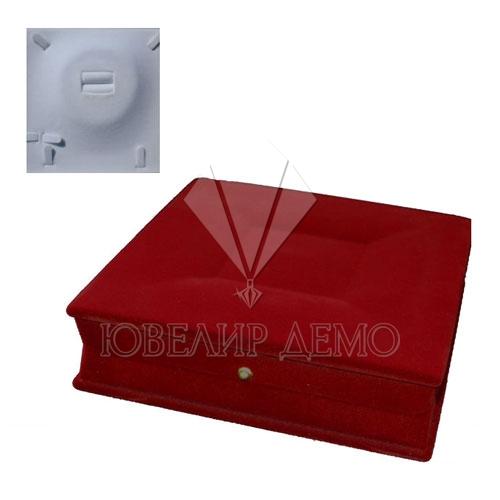 Футляр «квадрат» бордовый, для колье и гарнитура.
