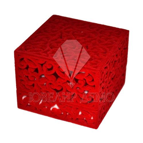 Футляр «квадрат резной» красный, внутри красный, универсальная прорезь.