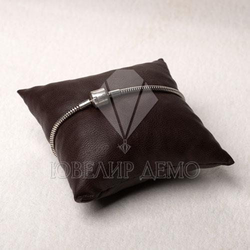 Подушка под браслет (90х90х40)