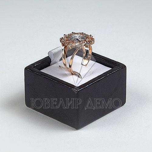 Подставка под кольцо (40x40x25)